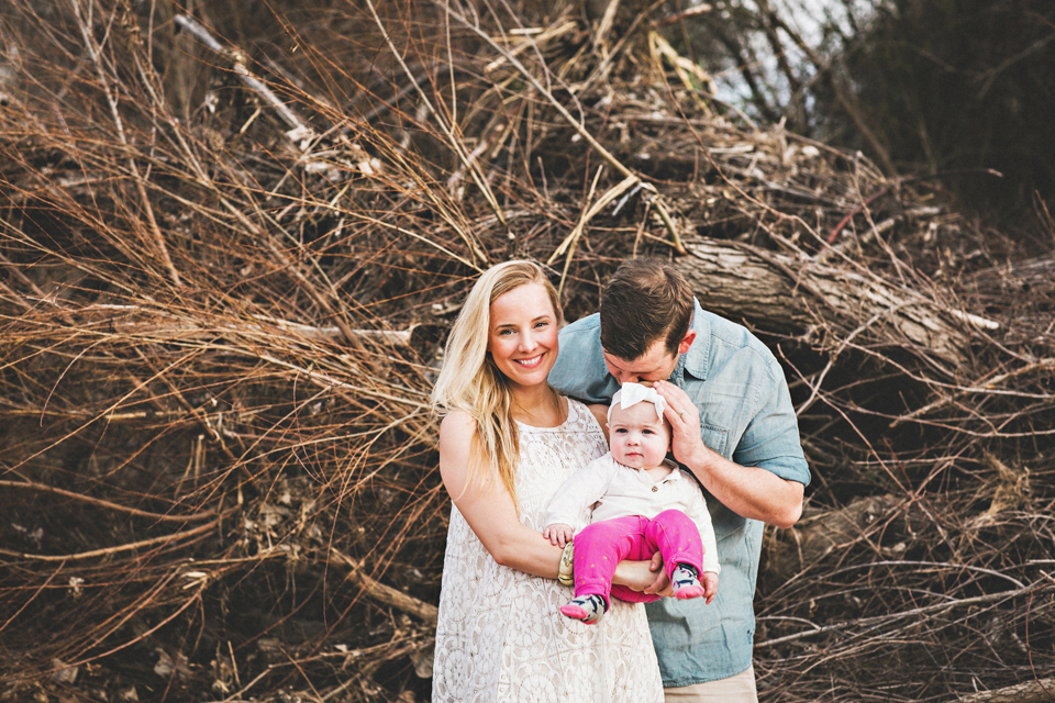 outdoor family portraits in Austin, Texas